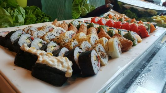 Sushi Nürburgring ist Ihr Restaurant für japanische uns asiatische Küche. Mit Lieferdienst. Lieferservice.